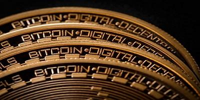 Bitcoin alcanza la paridad con el Dólar Estadounidense